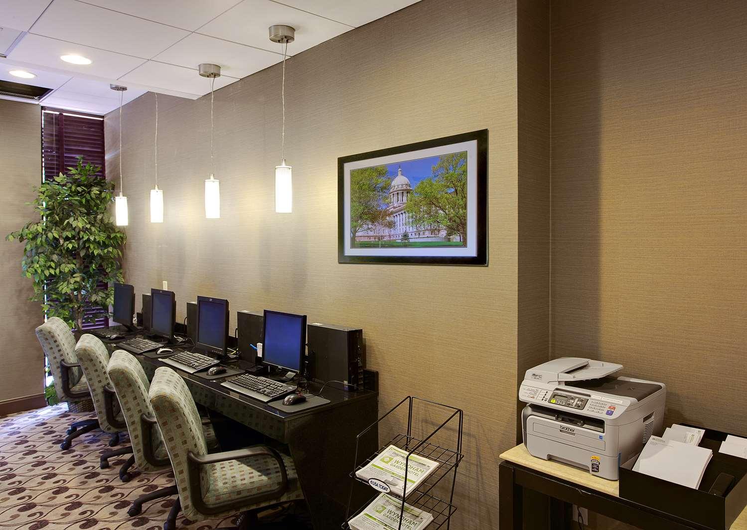 Conference Area - Wyndham Garden Hotel Airport Essington