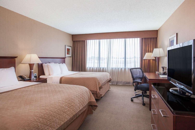 Wyndham Hotel Tulsa Ok See Discounts