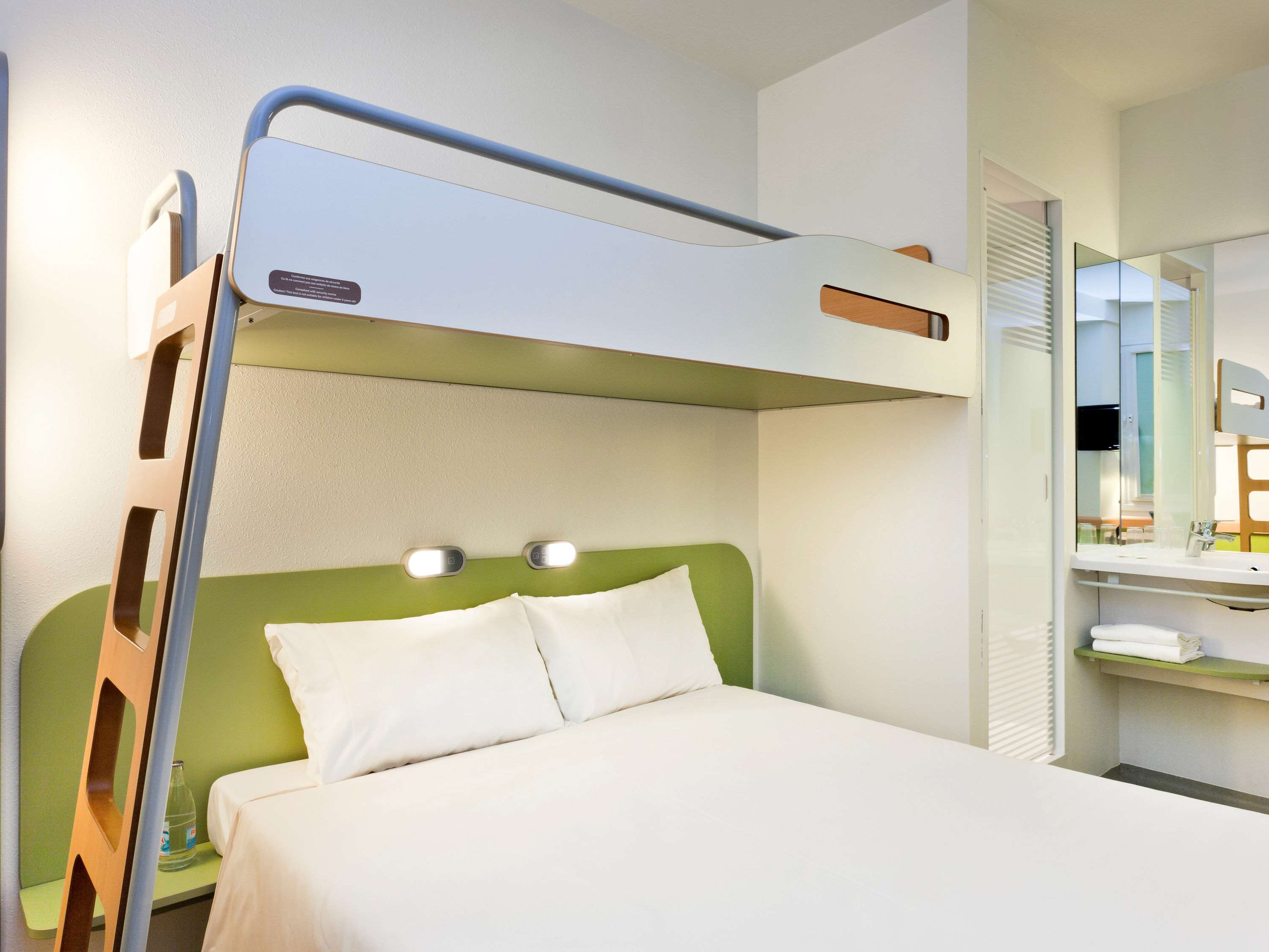 Picture of: Ibis Budget Leeds Centre Leeds Price Address Reviews
