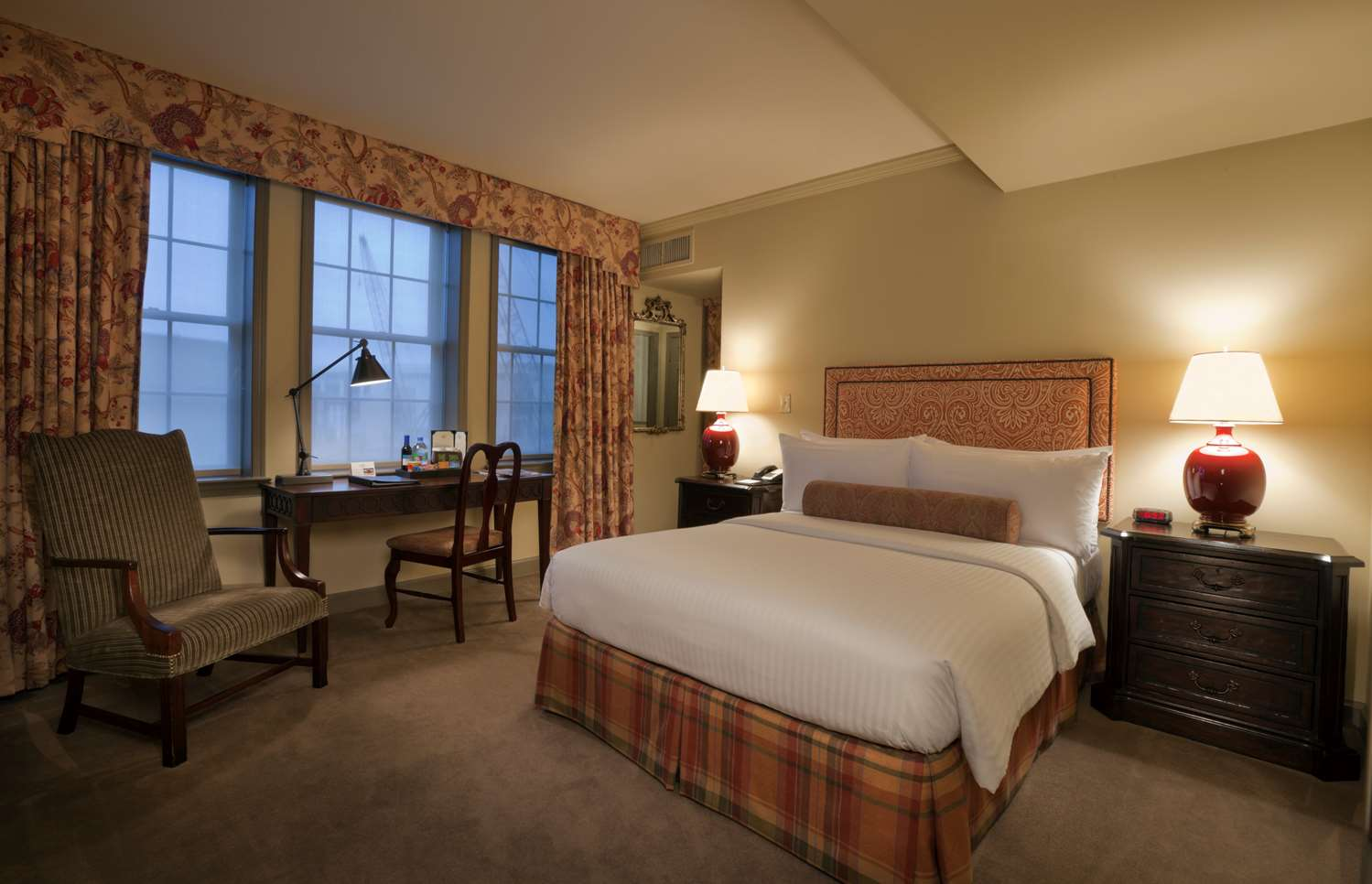 Room - Henley Park Hotel DC