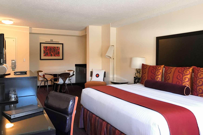 Room - Washington Plaza Hotel DC