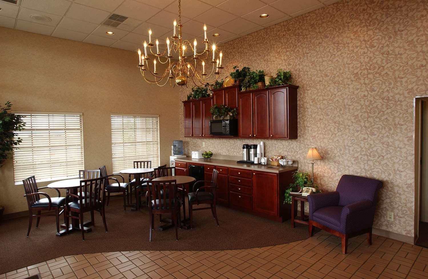 Lobby - Bluegrass Extended Stay Hotel Lexington