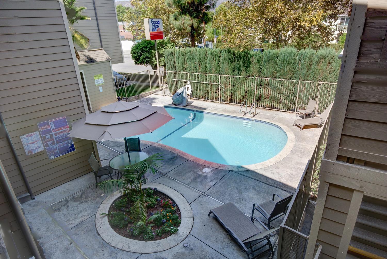 Pool - Good Nite Inn Sylmar
