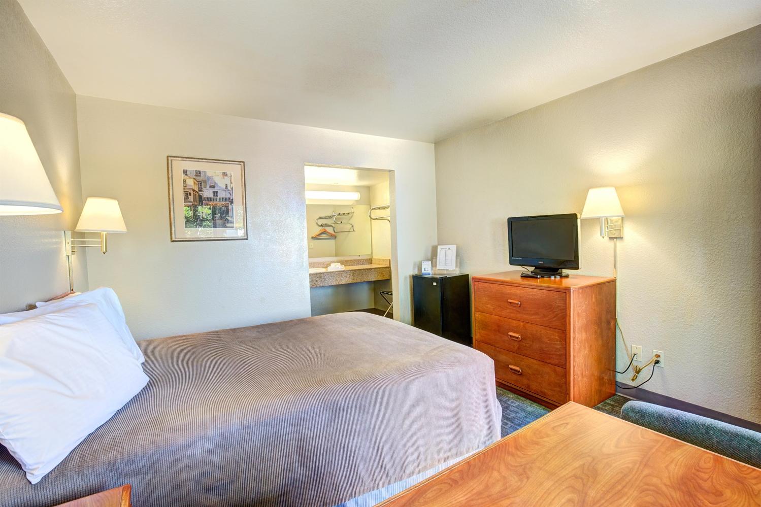 Room - Good Nite Inn Redlands