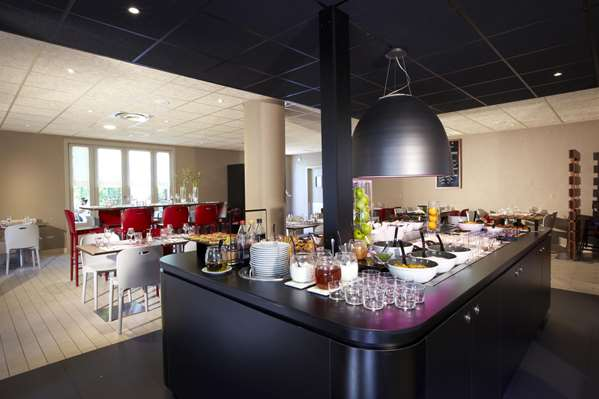 Hotel Campanile Aix En Provence Sud - Pont de l'Arc