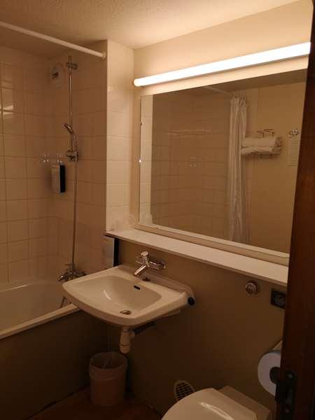 Hôtel HOTEL CAMPANILE ANGERS OUEST - Beaucouzé - Chambre Standard