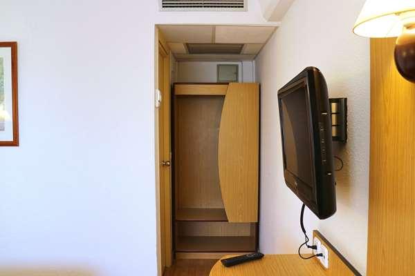 Hotel HOTEL CAMPANILE BARCELONA - Standard Room