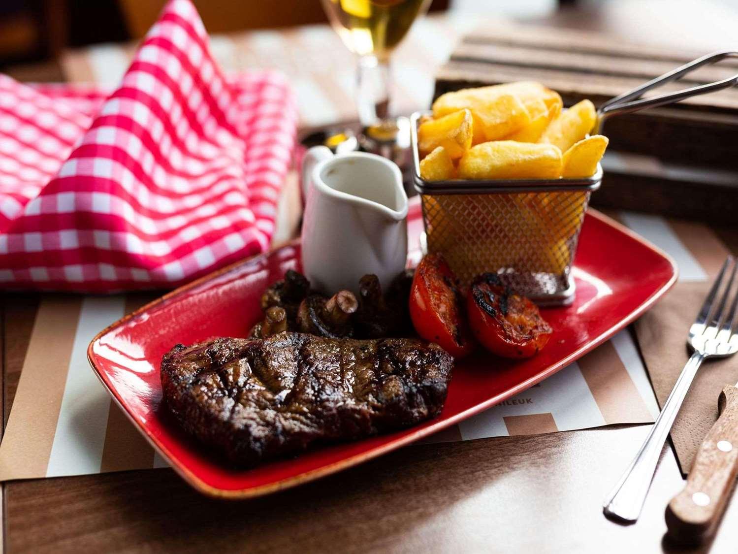 Restaurant - Hotel Campanile Basildon - East Of London