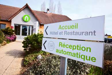 Hotel CAMPANILE BESANCON OUEST - Chateaufarine