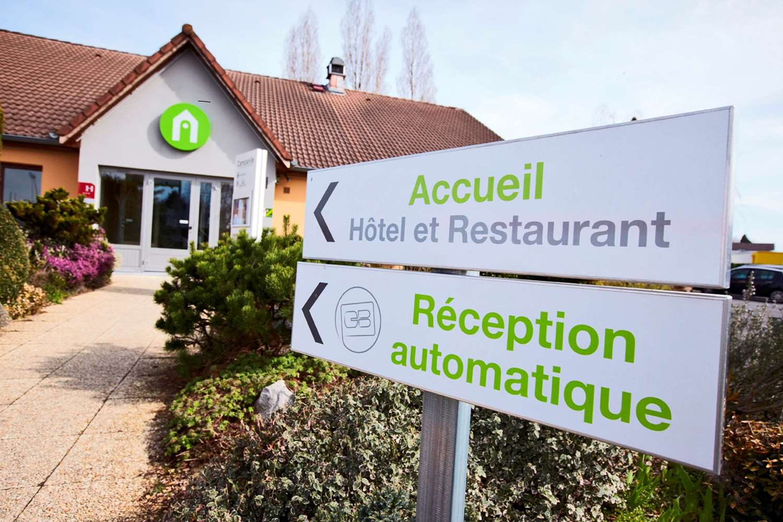 HOTEL CAMPANILE BESANCON OUEST - Chateaufarine