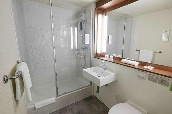 Hôtel HOTEL CAMPANILE BORDEAUX NORD - Le Lac - Chambre Standard - Nouvelle Génération