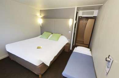 波尔多南部格拉迪尼昂塔伦斯康铂酒店