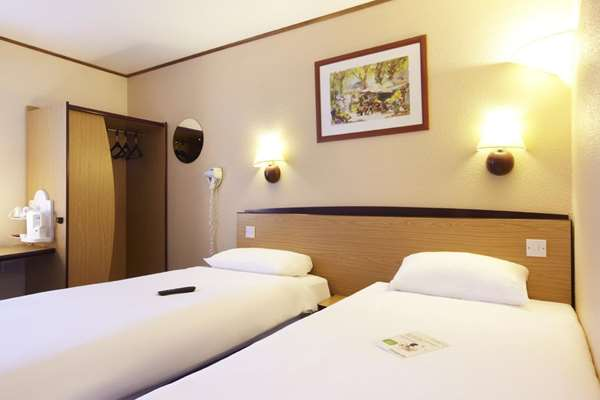 Hotel CAMPANILE CARDIFF - Standard Room