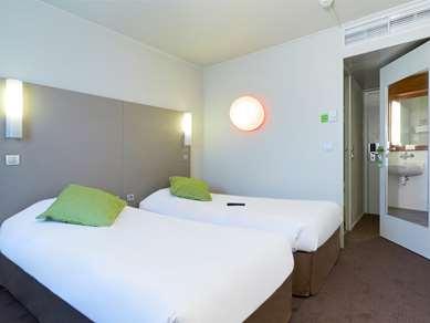 塞尔吉-蓬图瓦兹康铂酒店