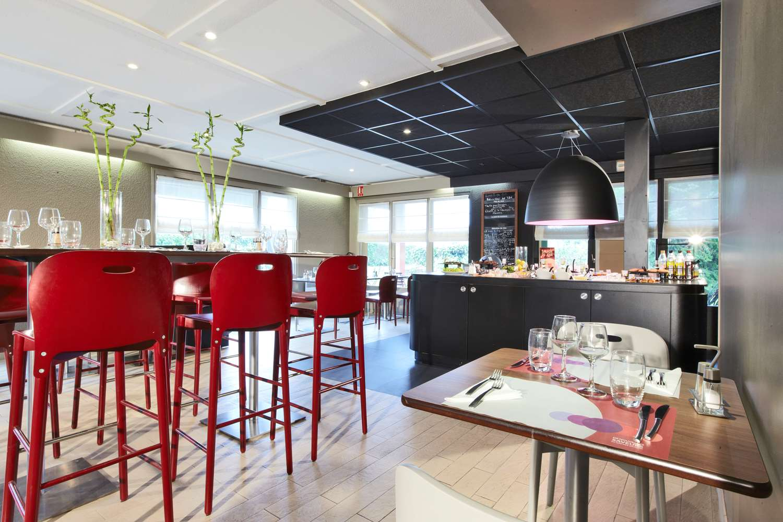 Restaurant - Hotel Campanile Charleville Mezieres