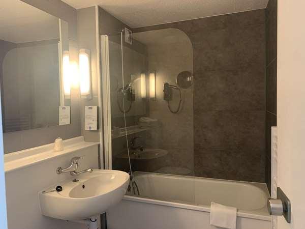 Hotel HOTEL KYRIAD CHATEAUROUX - Saint Maur - Standard Room