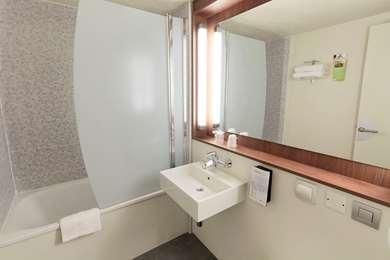 Hotel Campanile Dijon Est - Saint Apollinaire