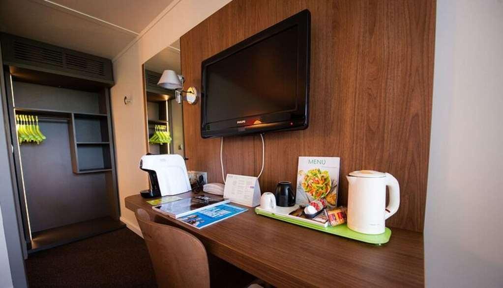 Hotel Campanile Dijon Nord - Toison D U0026 39 Or