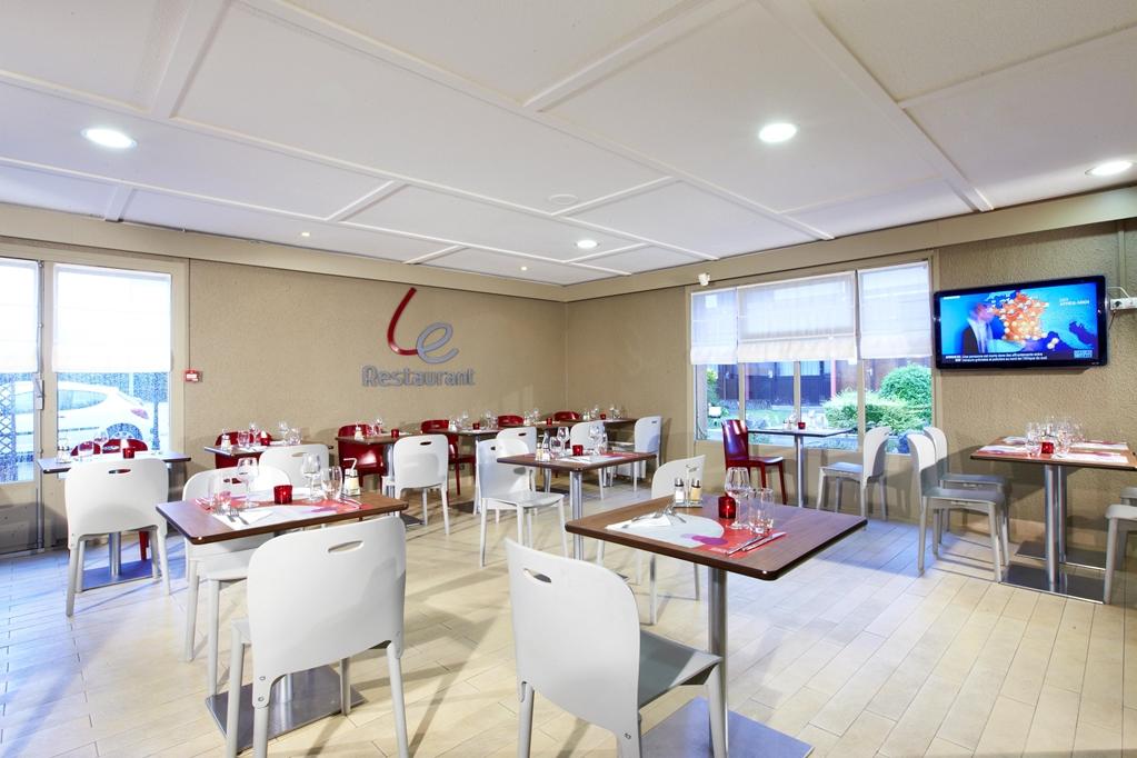 Hotel CAMPANILE DUNKERQUE EST - Armbouts Cappel - Campanile