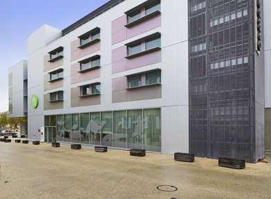 Hôtel CAMPANILE LA ROCHE SUR YON CENTRE - Gare