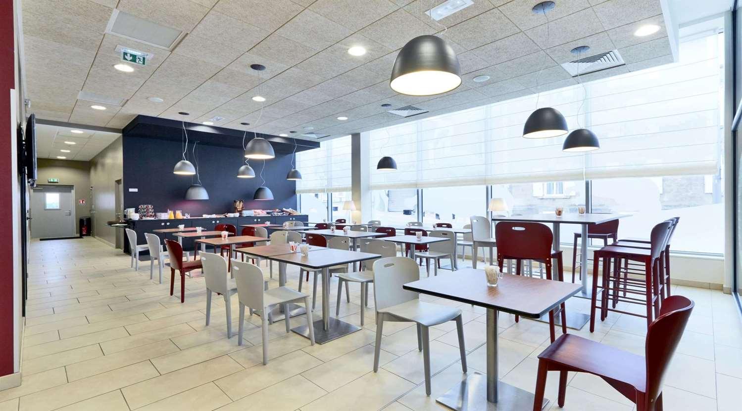 Restaurant - Hotel Campanile La Roche Sur Yon Centre - Gare