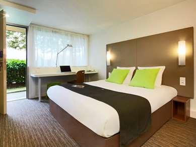 勒芒南部—阿纳日康铂酒店