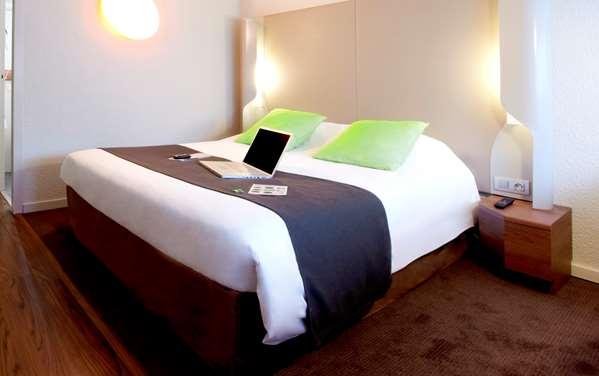 Hotel Campanile Les Ulis