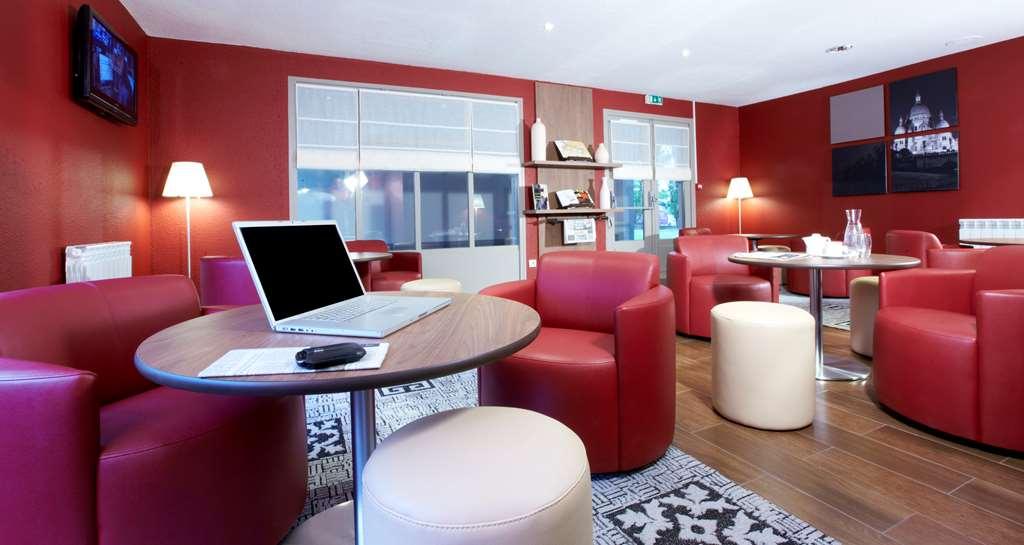 Campanile Les Ulis Hotel LesUlis France