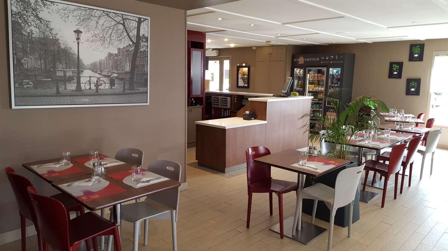 Restaurant - Hotel Campanile Lyon Est - Aéroport Saint Exupéry