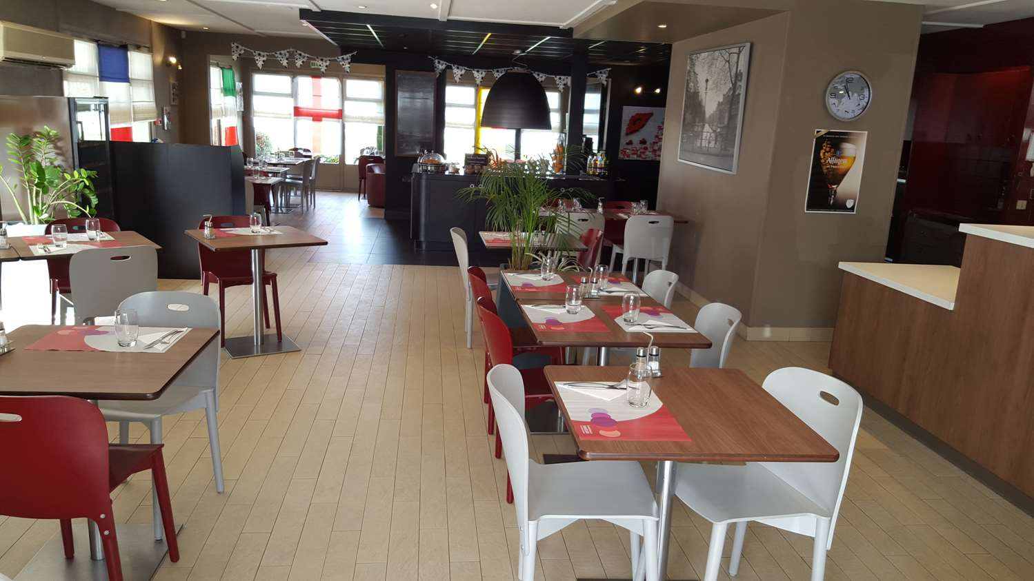 Restaurant - Hotel Campanile Avallon