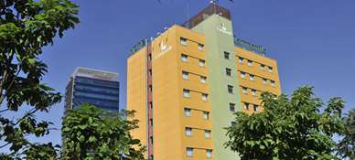 Hotel CAMPANILE MADRID - Alcalà de Henares