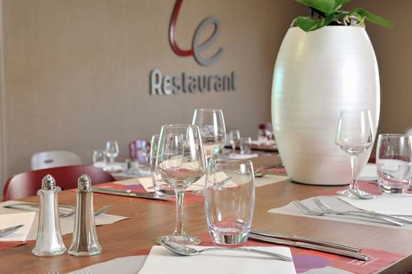 Hotel Campanile Montelimar - Les Tourrettes