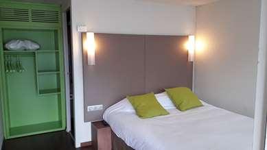蒙吕松—圣维克多康铂酒店