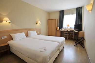 穆尔西亚康铂酒店