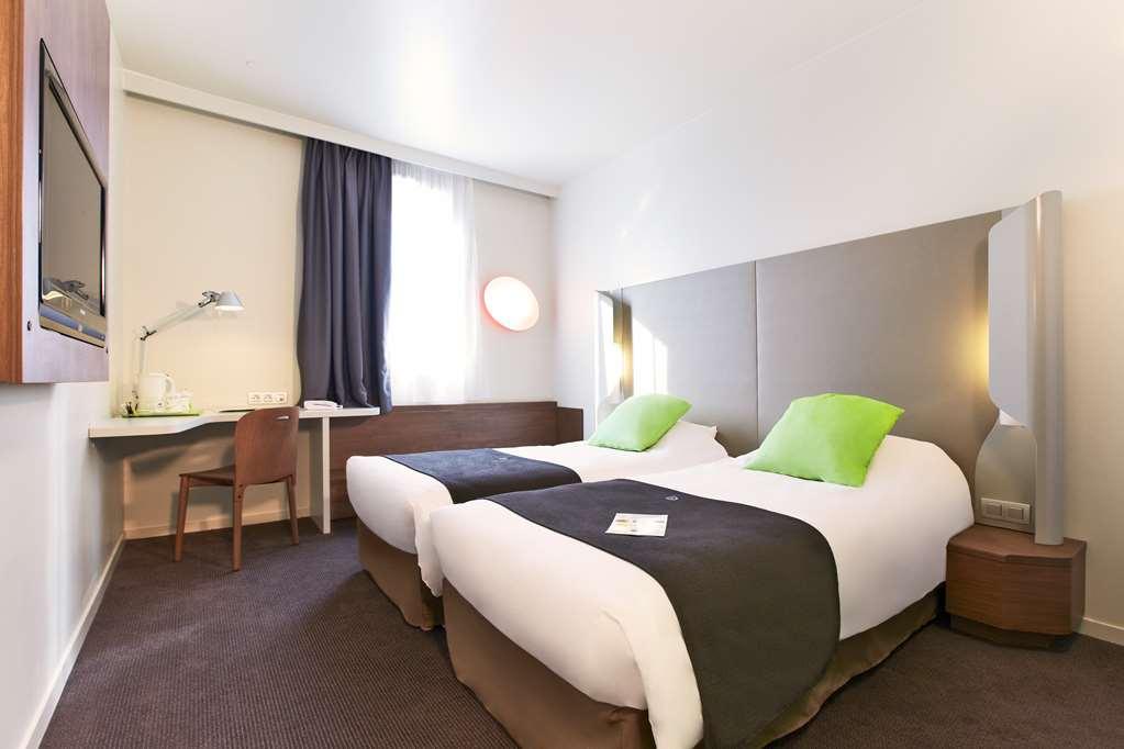 Hotel Campanile Nice - A U00e9roport
