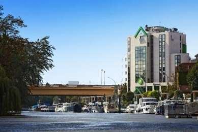 Hotelu CAMPANILE NOGENT SUR MARNE
