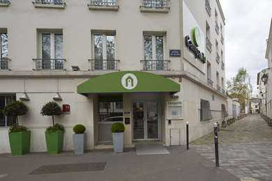 Hôtel CAMPANILE PARIS 14 - Maine Montparnasse