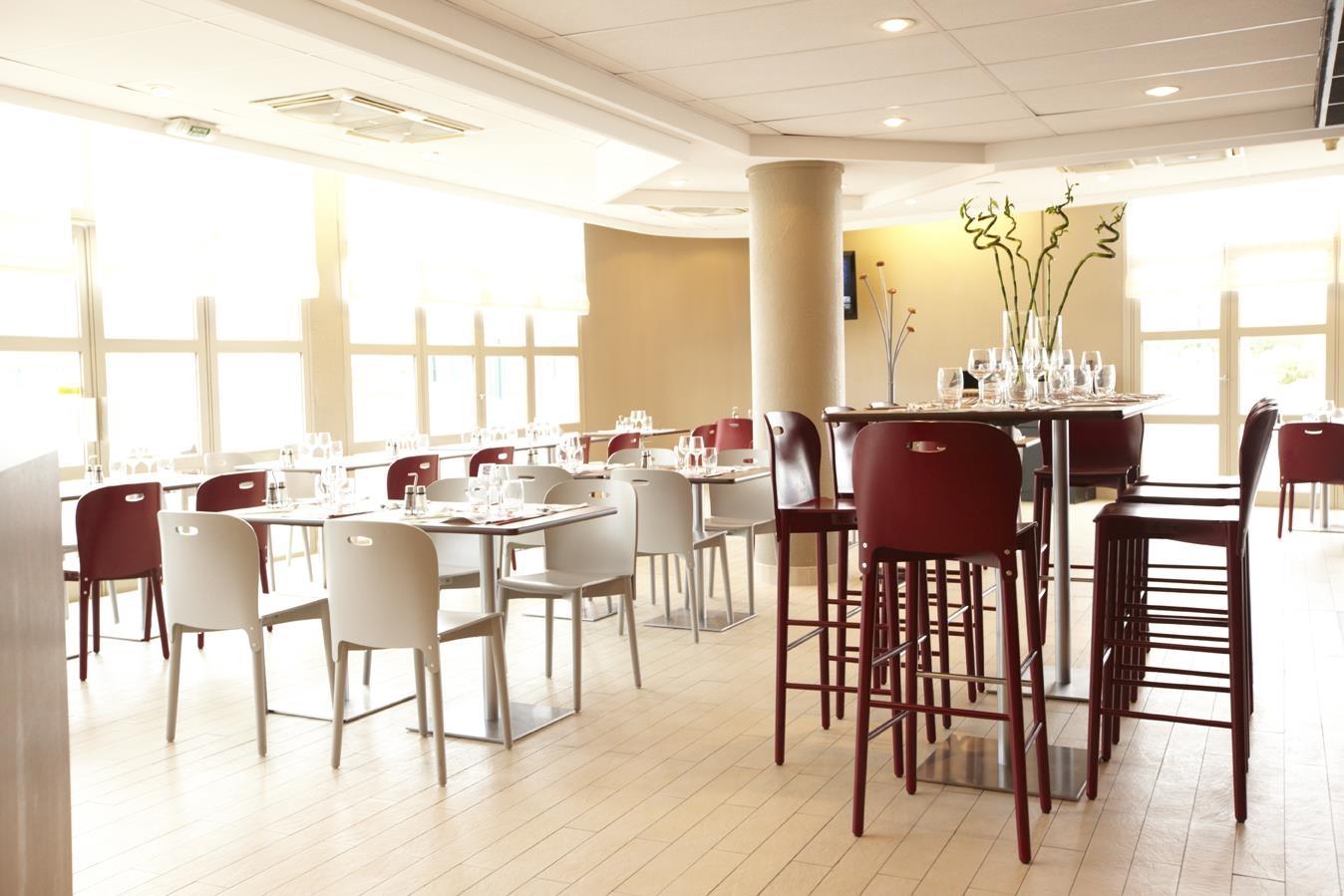 Restaurant - Hotel Campanile Paris Est - Bobigny