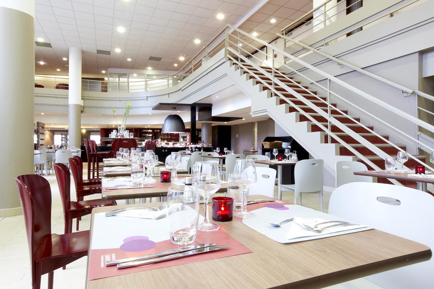 Restaurant - Hôtel Campanile Paris Est - Porte De Bagnolet