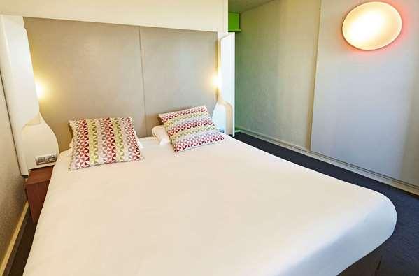 Hotel KYRIAD PARIS NORD - Écouen La Croix Verte - Standard Room