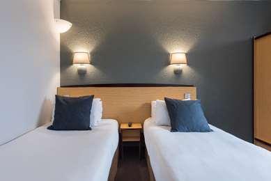 巴黎北部圣德尼-圣旺普雷尔码头康铂酒店