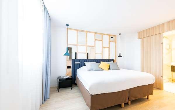 B&B Hotel Campanile Paris Ouest - Pont De Suresnes