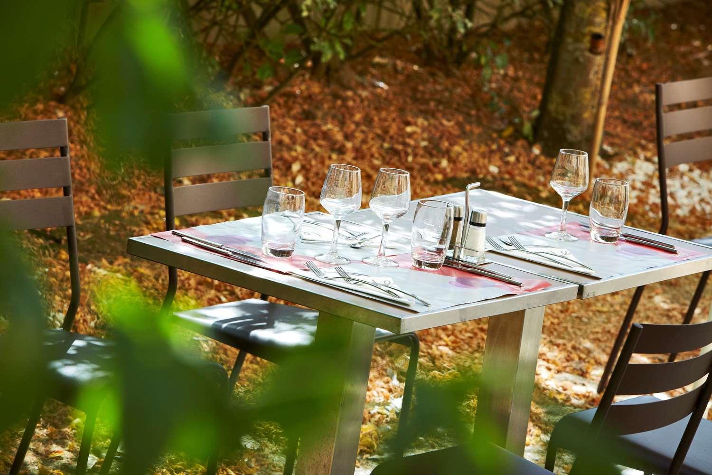 Restaurant - Hotel Campanile Plaisir - Saint Quentin En Yvelines