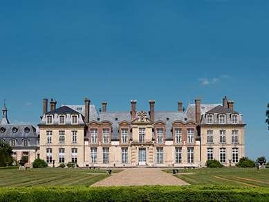 CAMPANILE PLAISIR – Saint Quentin en Yvelines