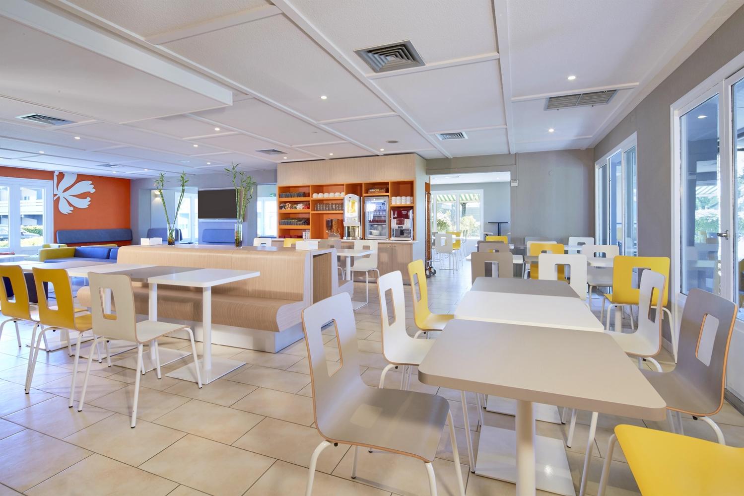 Restaurant - Hotel Premiere Classe Poitiers Futuroscope - Chasseneuil
