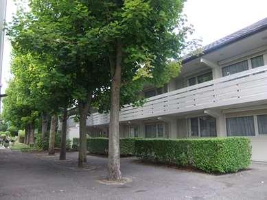 Hôtel CAMPANILE REIMS SUD - Bezannes