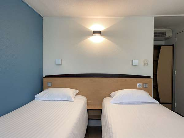 HOTEL KYRIAD DIRECT ROANNE