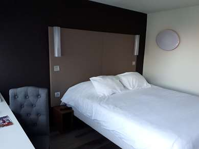 萨尔特河畔萨布莱—维奥康铂酒店