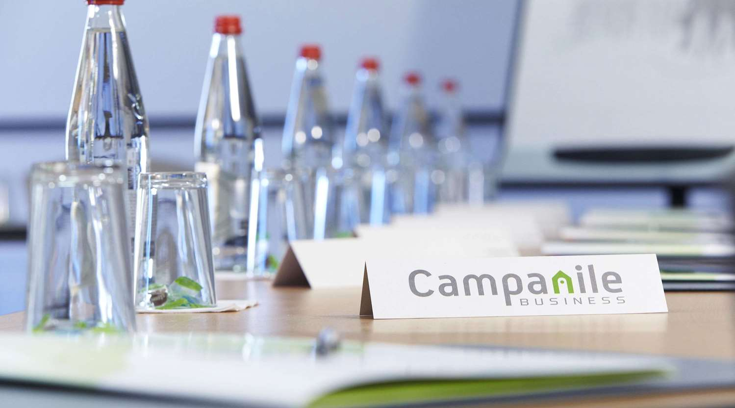 Conferences and meetings in the seminar room