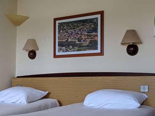Hotel CAMPANILE SALON DE PROVENCE - Standard Room